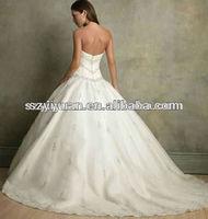 New Arrival Sweetheart Embroidery Beaded Chapel Train Bridal Wedding Dress 2013