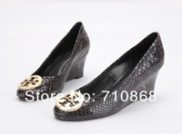 Туфли на высоком каблуке New winter leopard shoes leather shoes serpentine slope with a star