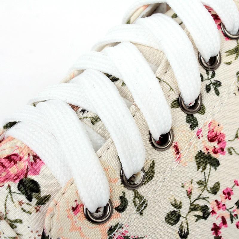 Женские кеды April new arrive flower decoration women spring low upper canvas beige and Black color Skateboard shoes