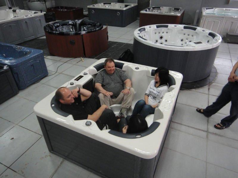 HD wallpapers 2 person jacuzzi bathtub