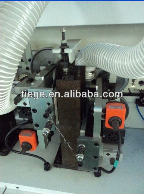 Automatic Edge Banding Machine in Woodworking Machine