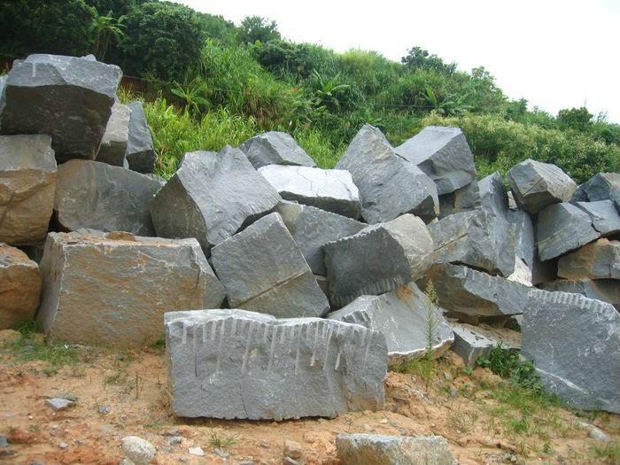 basalt rock11.jpg