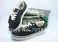 FREE SHIPPING!!!!Fashion  casual  canvas shoes in black color size39-44