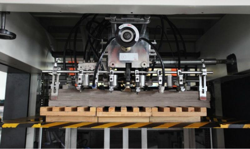 Boîte automatique Machine de découpe pour papier, Carton ondulé carton avec décapage