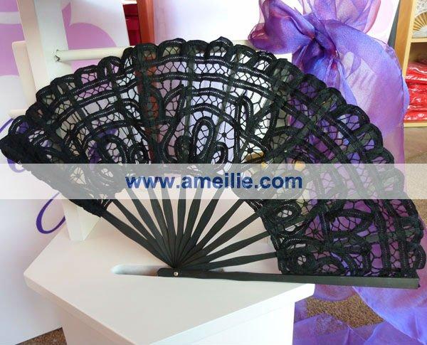vintage lace black fan s.jpg
