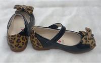 Кожаная обувь для девочек Size 2 colors to choose Retail 1pair Kid Girl Patent Leather Shoes Mary Janes with Leopard Bowknot Искусственная кожа
