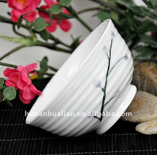 Elegant Japanese ceramic porcelain rice bowls with unique flower design