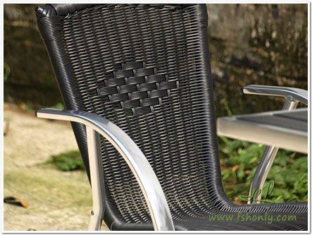 Beach aluminium and plastic folding table