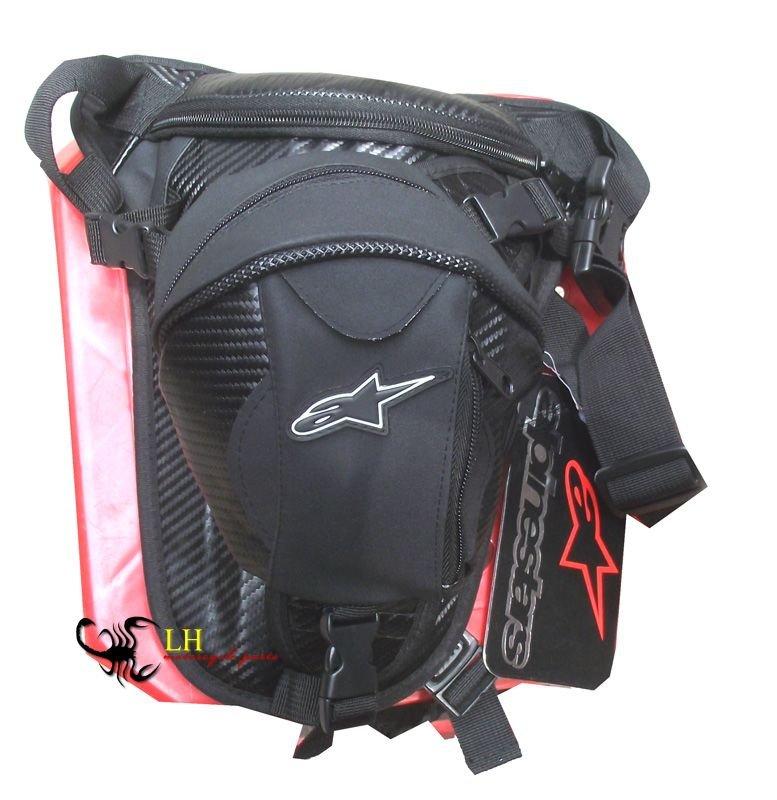 Сумка на бедро Alpinestars Hip Bag Carbon создана для любителей спорбайков.  Спортивный стиль этой сумки на ногу...