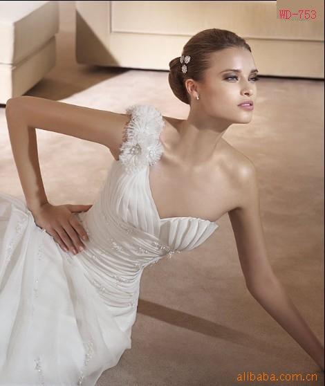 2011 fashion wrinkle organza christmas wedding dress