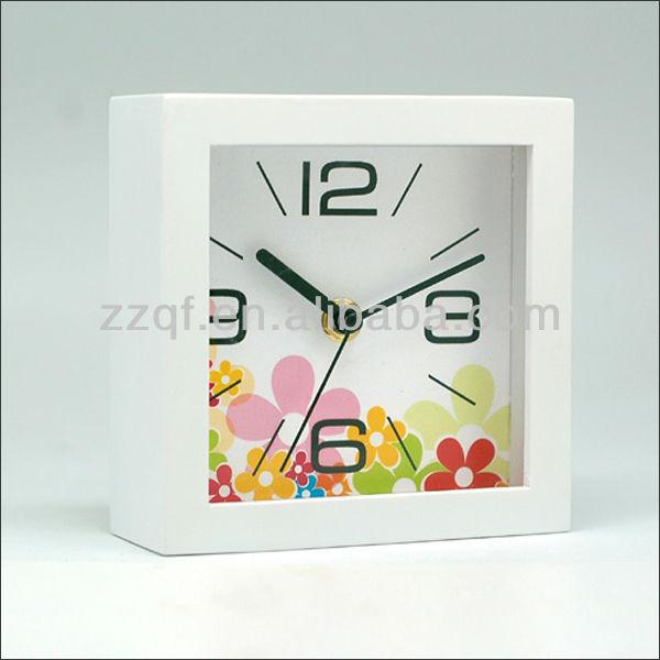 small modern desktop flip clock