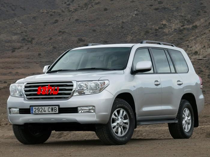Toyota-Land_Cruiser_V8_2010_conew1