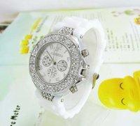 Multi colorss Женеве новый стиль желе силиконовые часы женщин Мода дамы кварцевые часы cm001