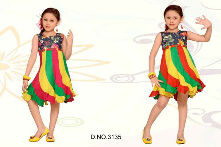 New Style Collar Frock Design for Girls