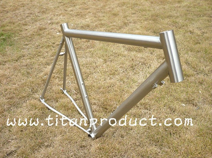 New Dropouts Style Titanium Road Frame with Rack and Mudguard Mounts
