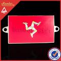 exuberante país bandera pin badge