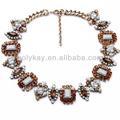 joyería de fantasía de cristal colgante corto babero collares de ámbar con piedra de acrílico para las mujeres