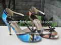 coloridas sandálias de salto alto fotos para grils