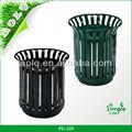 cesta de la flor de la calle de contenedores de basura