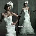 wg1102 maravilhosa branco strapless sereia cetim tule de noiva vestido floral do lado da cintura e saia de penas