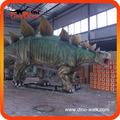 Replicas cientificas del dinosaurio estegosaurio para museo