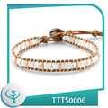 2014 novo estilo de moda jóias de pérolas falsas barato envoltório simples pulseira de couro por atacado