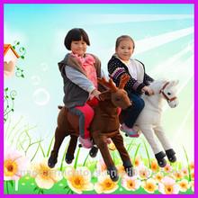 magia príncipe caminar juguetes caballo