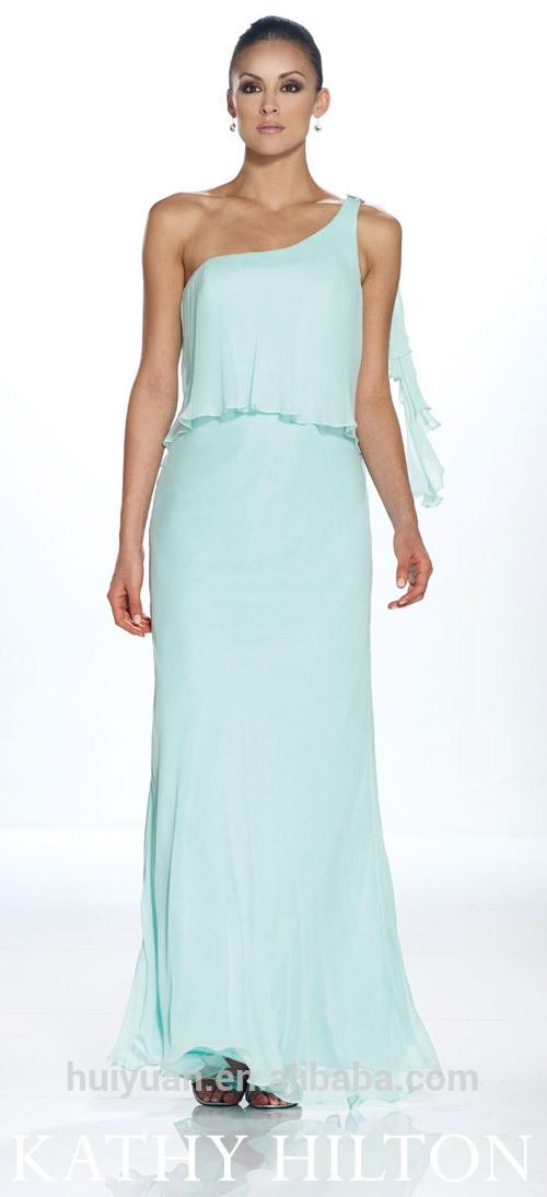cielo vestido de fiesta azul con un solo hombro