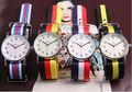 2014 Relojes Elementos de Japón Movt cuarzo marcas vogue reloj de acero inoxidable con colorido correa hecha en China