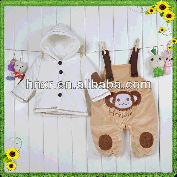 0-2years de espesor de terciopelo bebé de dos pedazo de mono con capucha pantalones de traje de bebé de/traje de vestir infantil