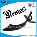 interesante de plástico niños pirata espadas