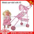 De metal pequeño de coches de juguete, juguete del bebé suave del coche con la muñeca