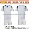 Uniforme del kit del fútbol en venta
