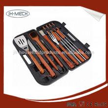 de bambú pinchos de barbacoa en herramientas