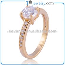 el último 2014 clásico estilo de la moda de joyería chapados en oro para mujer anillo de boda con piedras aaa cz