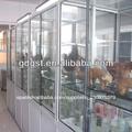 el laboratorio biológico del gabinete de la muestra