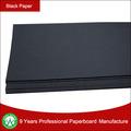 Cartón negro para el cuaderno