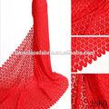 la fiesta de boda para niña chinita de encaje guipur en el bordado de telas