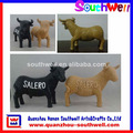 la costumbre de los animales de tamaño natural de la vaca de resina estatua