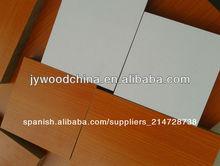18mmx1220x2440mm melamina mdf para muebles/18mm tablero de mdf
