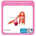 regalo de la promoción del juguete de plástico mini cerdo jugar la diapositiva de bebé de juguete