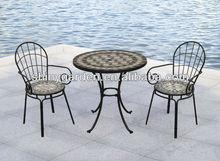 muebles de jardín moderno silla plegable y mesa bistro conjunto con baldosas de cerámica de la superficie de mosaico