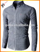 De camisa a medida, italiano para hombre del diseñador de camisetas, el comprador europeo de prendas de vestir de la camisa