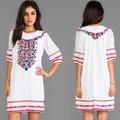 2014 hermosa de la moda de alta calidad en caliente de ventas blanco bordado vestido de escote elástica de china proveedor oem