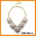 Cuello falso collar de flores collar de perlas de diamantes de oro de lujo