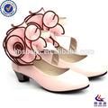 2014 popular de moda las niñas zapatos de tacón alto con la flor