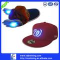la promoción 2014 los hombres de moda gorra con luces led proveedor de china