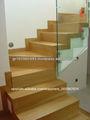 escaleras de madera de roble