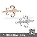 Hermoso diseño de la flor de encanto el conector al por mayor de joyeria de plata CZA21