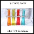 delgado de color personalizado botella vidrio arreglos florales decorativos